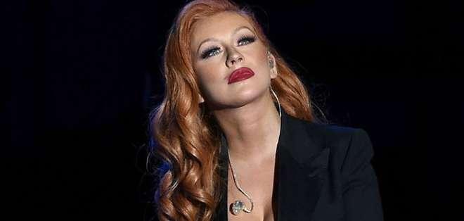 Christina Aguilera lanzó su nueva canción titulada Change, un tributo a las víctimas de la matanza en la discoteca Pulse.
