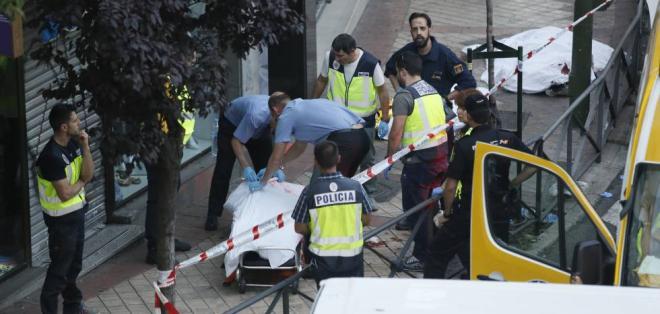 ESPAÑA.- Las tres víctimas de un incendio en Usera presentan signos de muerte violenta. Foto: Redes sociales