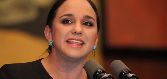 Contraloría está por terminar examen por remuneraciones que Legislativo paga a Esperanza Galván. Foto: Archivo