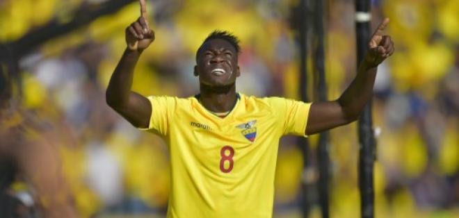 BARCELONA, España.- Caicedo volverá a ponerse la 'Tricolor'.