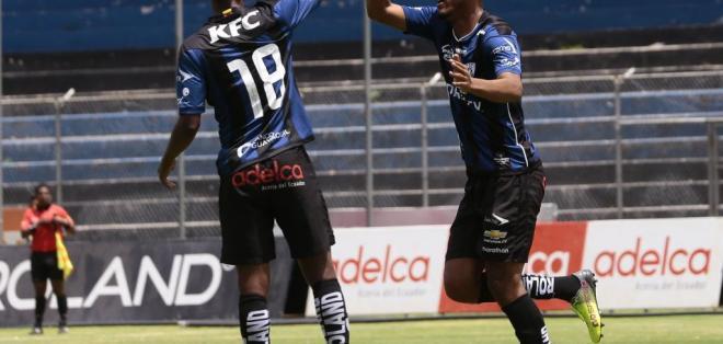 SANGOLQUÍ, Ecuador.- Orejuela festeja un gol del Independiente. Foto: API.