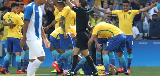 RÍO DE JANEIRO, Brasil.- La selección de Brasil está a punto de cumplir su sueño. Foto: EFE.