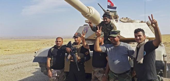 MOSUL, Irak.- La III división del Ejército logró liberar varias aldeas al este de Mosul. Foto: EFE.