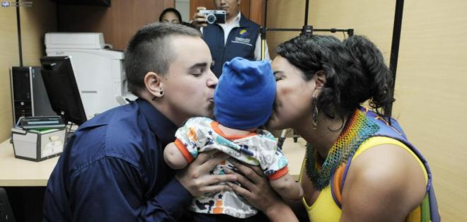 GUAYAQUIL, Ecuador.- Los padres escogieron Sununu para el nombre de su primogénito. Foto: API.