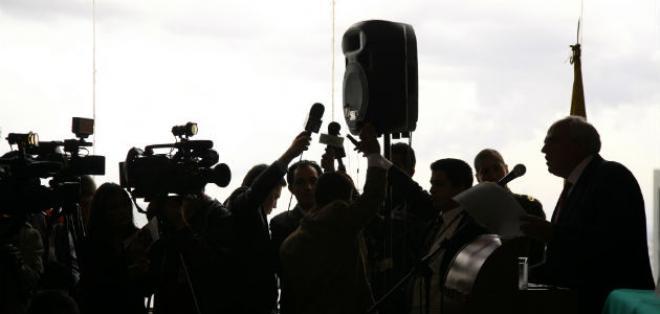 """Asesinatos y hostigamiento a los periodistas: la SIP denunció un """"año negro"""" en América."""