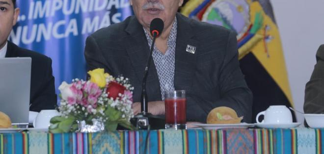 ECUADOR.- El fiscal Chiriboga explica cómo se llegó a encontrar irregularidades contra Pareja Yannuzzelli. Foto: Archivo