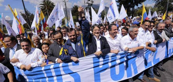 Además, se registró lista de candidatos a la Asamblea encabezada por Guillermo Celi. Foto: API