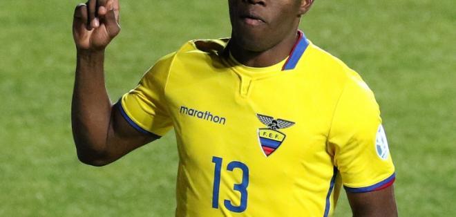 El delantero Enner Valencia pidió a los aficionados que sigan apoyando a la selección.