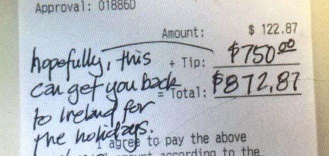 """""""Espero que esto te llevar de vuelta a Irlanda para las fiestas"""", escribió el cliente en el recibo."""