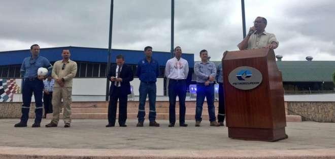 """ESMERALDAS, Ecuador.- El vicepresidente de la República dio """"respaldo irrestricto"""" al gerente de Petroecuador. Foto: Twitter"""