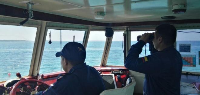 La embarcación en la que la turista viajaba por vacaciones naufragó. Foto: Armada de Colombia