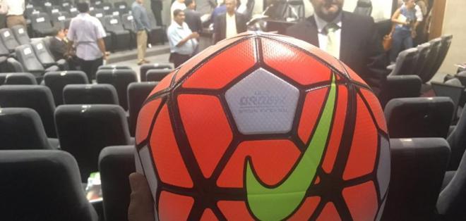 Este será el balón oficial para el campeonato ecuatoriano de fútbol 2017.
