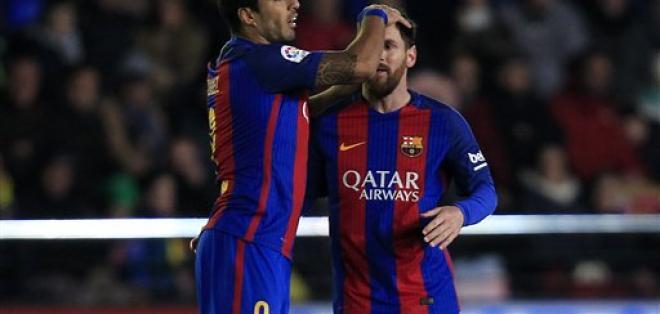 Lionel Messi (d.) es uno de los candidatos al premio The Best. Foto: AP