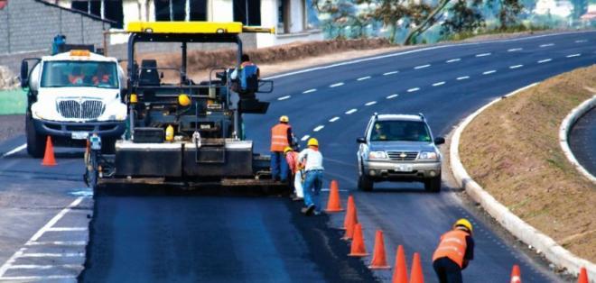 ECUADOR.- Con la contribución, el Estado recuperará una parte de lo invertido en obras públicas. Foto: Archivo