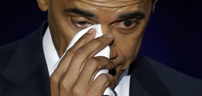 """""""Me has hecho sentir orgulloso y has hecho sentir orgulloso a este país"""", dijo Obama."""