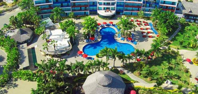 Una de las opciones para usted es el Hotel Royal Decameron Punta Centinela, ubicado en la Provincia de Santa Elena en una de las zonas más exclusivas de la costa ecuatoriana.
