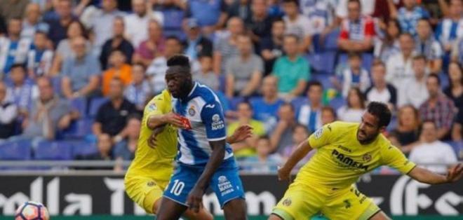 El ecuatoriano Felipe Caicedo podría fichar para el Villarreal, está dispuesto a rebajarse el sueldo.