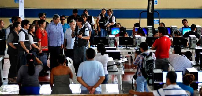 QUITO, Ecuador.- Desde octubre de 2015, las organizaciones políticas de oposición se unieron en el Acuerdo por la transparencia electoral. Foto: Archivo