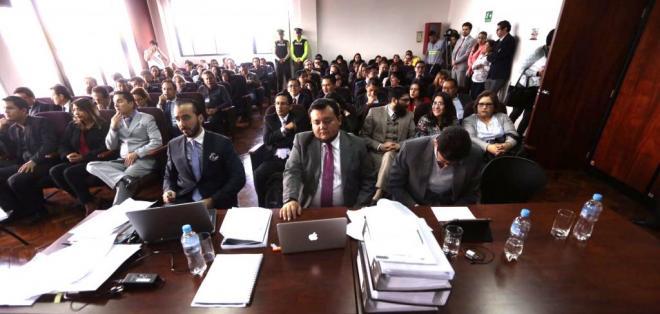 QUITO, Ecuador.- La audiencia continuará durante la tarde y el juez emitiría su resolución posteriormente. Foto: API