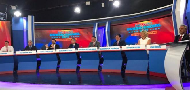 QUITO, Ecuador.- Los ocho presidenciables presentaron sus propuestas en el conversatorio organizado por diario El Comercio. Foto: Twitter.
