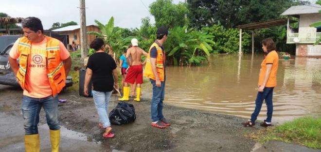 Las familias afectadas por las lluvias han sido trasladadas a albergues provisionales. Foto: SGR