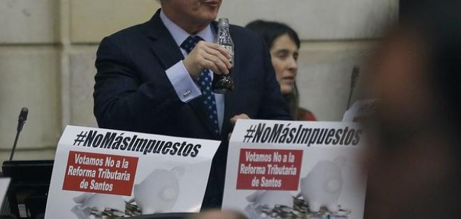 MEDELLÍN, Colombia.- Se prevé que Uribe sea dado de alta en los próximos seis días, según su evolución. Foto: Tomado de Caracol Radio.