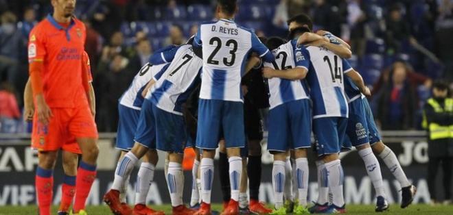 El Espanyol se ubica en la novena posición en la tabla de posiciones. Foto: Tomada de la cuenta Twitter @RCDEspanyol