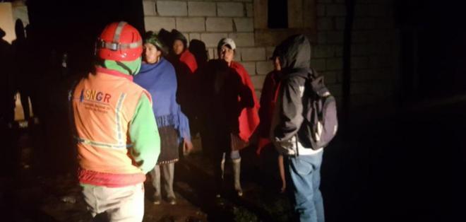 Seis personas fueron evacuadas tras el deslizamiento de tierra. Foto: SGR