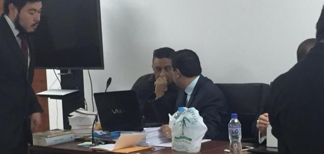 Cantante Gerardo Morán y presidenta de Cordicom, Tamara Merizalde, rindieron testimonio. Foto: Twitter @JacquelineRodas