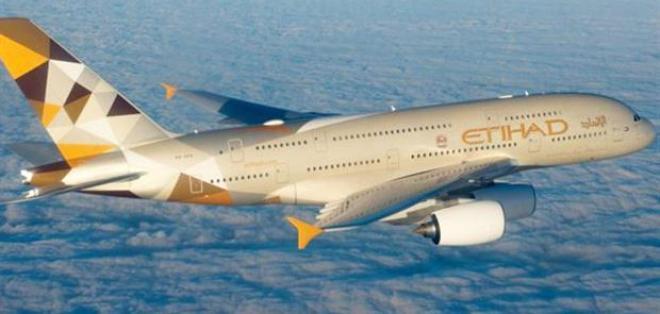 Una aeronave de Etihad Airways se encontraba en el aire cuando hizo la maniobra. Foto: Tomado de La Nación.com.ar.