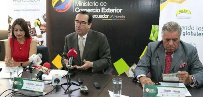 GUAYAQUIL, Ecuador.- Autoridades de Gobierno y de sector bananero anunciaron resultados positivos del producto de exportación. Foto: Twitter Comercio Exterior