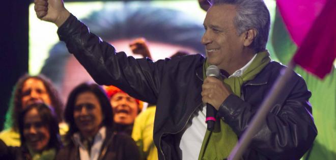 ECUADOR.- El CNE informó el calendario de entrega de credenciales de las autoridades electas, entre ellos el binomio presidencial. Foto: Archivo