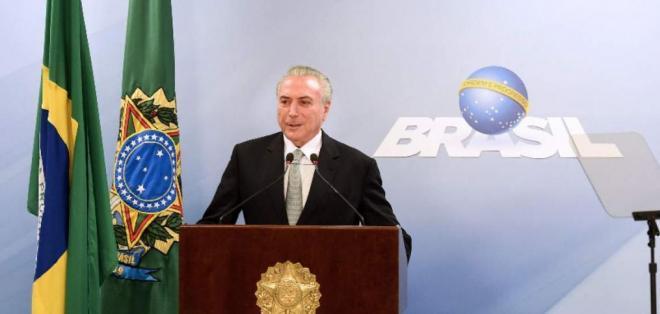 BRASILIA, Brasil.- Michel Temer rechazó la posibilidad de renunciar debido a investigación en su contra. Foto: AFP.