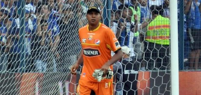 Máximo Banguera es otro de los candidatos que tiene Colo Colo para reforzar su portería.