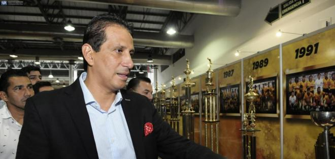 José Francisco Cevallos mandó un mensaje de ánimo tras la dura derrota ante Estudiantes de la Plata. Foto: API