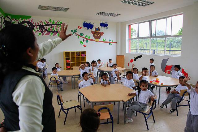 Los padres aún pueden inscribir a sus hijos para el ciclo escolar Sierra a través del autoservicio. Foto: MinEduc
