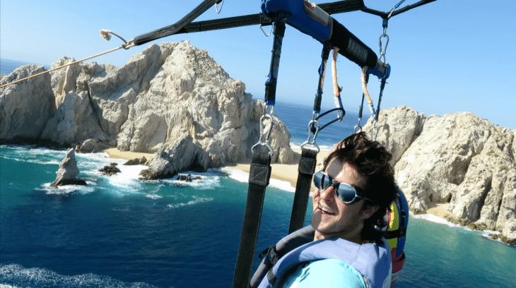 El proyecto World Life Experience busca a 12 personas para que compartan su experiencia de viaje.