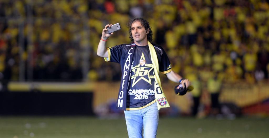 El uruguayo Guillermo Almada arribó a Guayaquil para retomar las riendas de Barcelona.