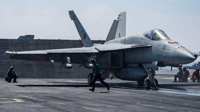 Un avión caza F/A-18 Super Hornet (similar al de la fotografía) derribó un avión del Ejército sirio. Foto: BBC