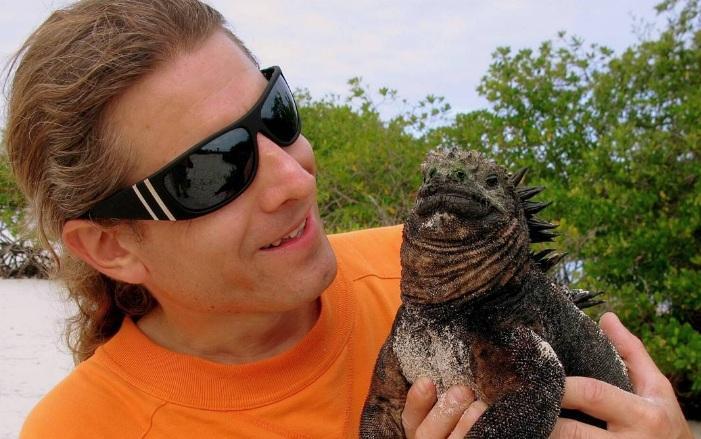 La entidad informó que Oleg Savrasov entró y salió de las islas en 2009. Foto: @welcomeadventure.