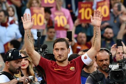 Francesco Totti jugó toda su carrera, de 25 años, en la Roma. Foto: AFP