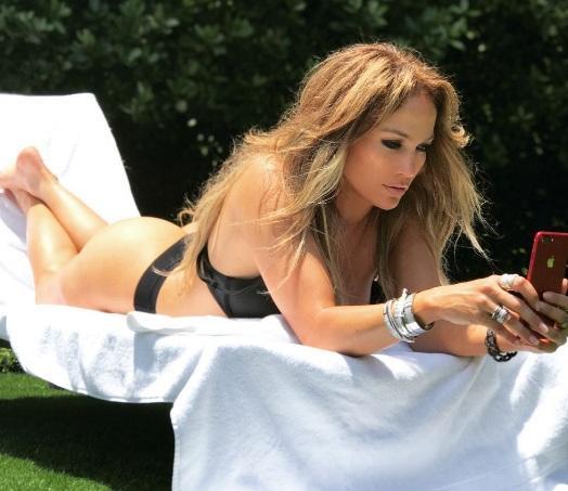 La cantante está siendo duramente criticada por el hecho que quedó registrado en video. Foto: Instagram