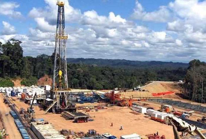 ECUADOR.- El fiscal Baca acoge denuncia remitida por la Contraloría, sobre contratos petroleros de 2012, en el bloque Singue de la Amazonia ecuatoriana. Foto: Archivo