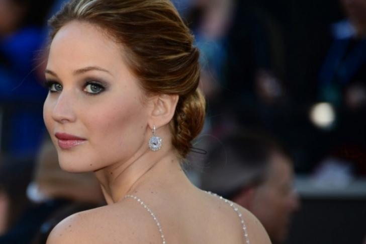Fanáticos del actor han culpado a Lawrence por causar el divorcio entre él y su esposa. Foto: AFP