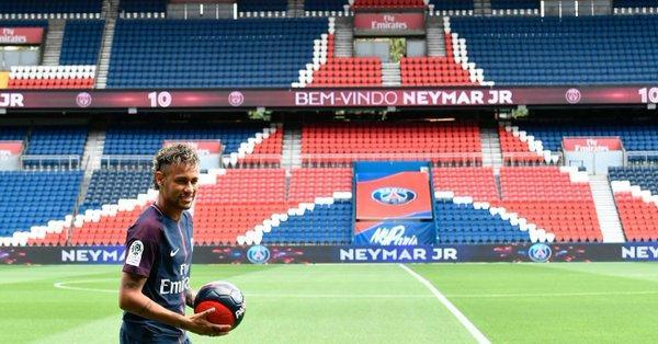 El brasileño Neymar ya podrá hacer su debut con el PSG en la Ligue 1 de Francia.