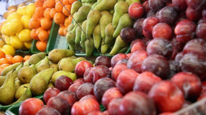 Siempre nos dijeron que comer fruta era sano pero ahora hay mucha confusión por su contenido de azúcar.