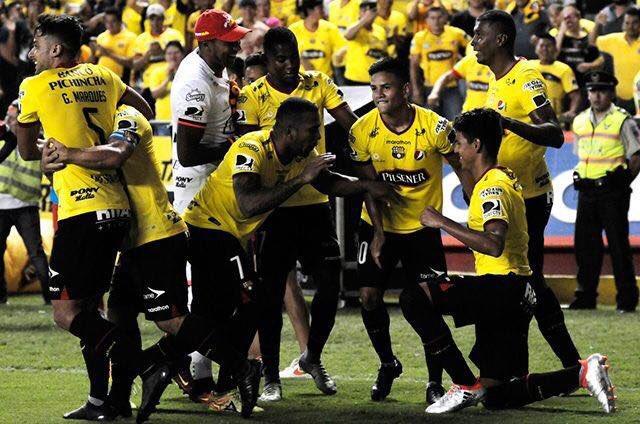 Barcelona jugará con Santos de Brasil los cuartos de final de la Conmebol Libertadores.