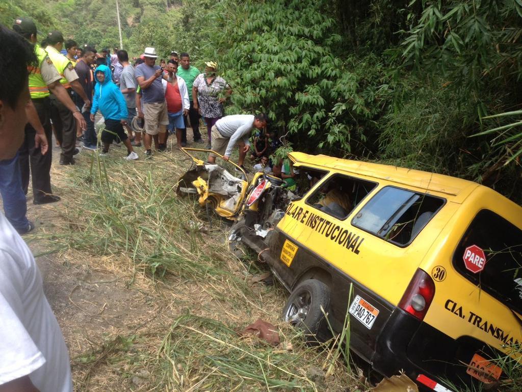 Dos mujeres embarazadas constaban entre los heridos tras accidente en el sector de Agua Fría, en Manabí. Foto: ECU 911 Portoviejo