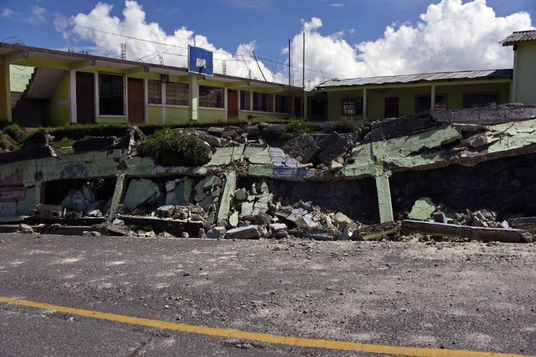 94 personas debieron abandonar sus viviendas por daños de diferente magnitud. Foto: AFP
