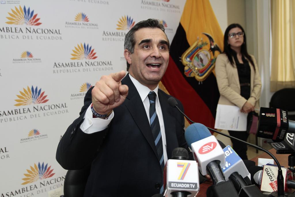 Gustavo Jalkh tendrá que informar sobre supuesta influencia en sanciones a jueces.  Foto: Archivo / API
